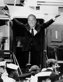 Nixon goodbye